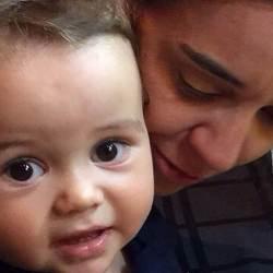 MI - Cris Monteiro e o filho Lucca1